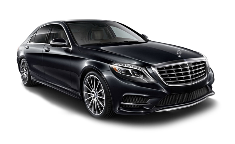 A black Mercedes-Benz in California. A Diminished Value Appraiser in Santa Ana, California call 772-359-4300.